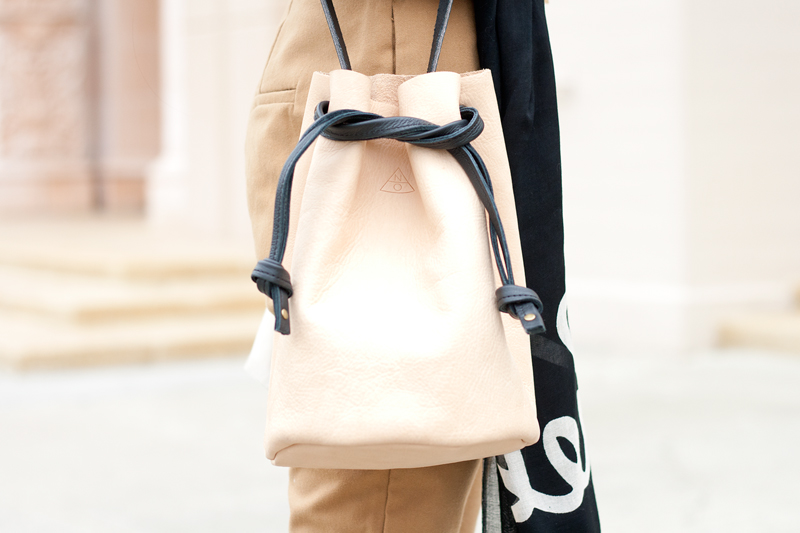 07-leather-bucket-bag-sf-fashion-style