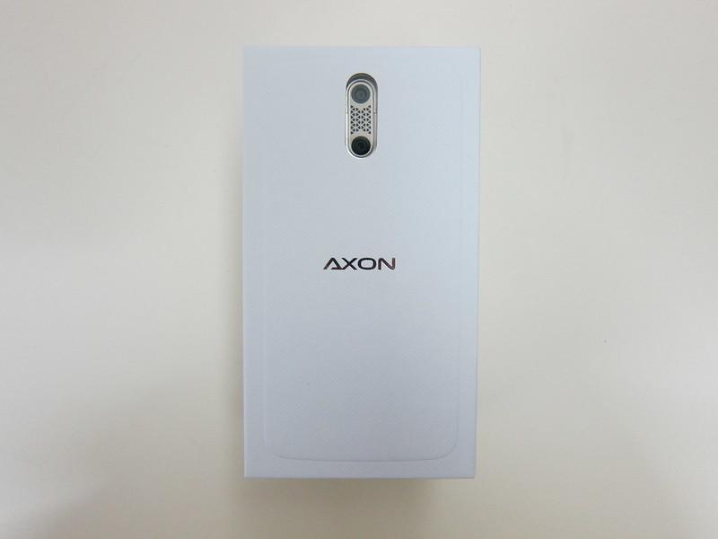 ZTE Axon Elite - Box Front