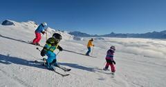 Rodinná zimní dovolená ve Švýcarsku.