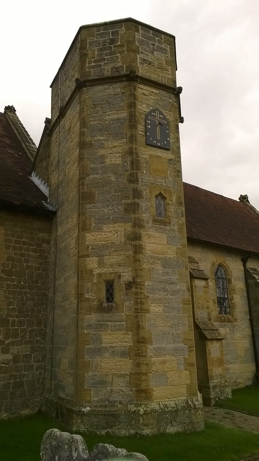 Clock in at Leigh church