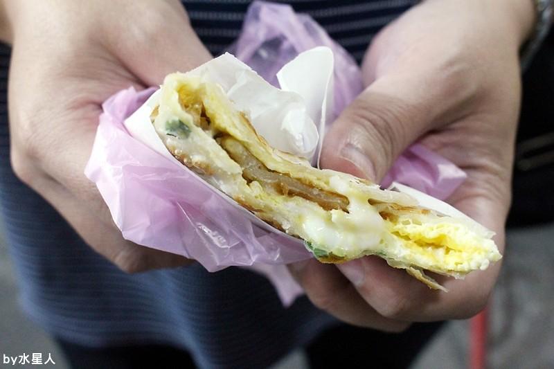 30000192440 18202712ee b - 台中西屯【逢甲脆皮蛋餅】純手工現做餅皮,獨特日式醬料口味,吃起來是章魚小丸子口味的蛋餅!