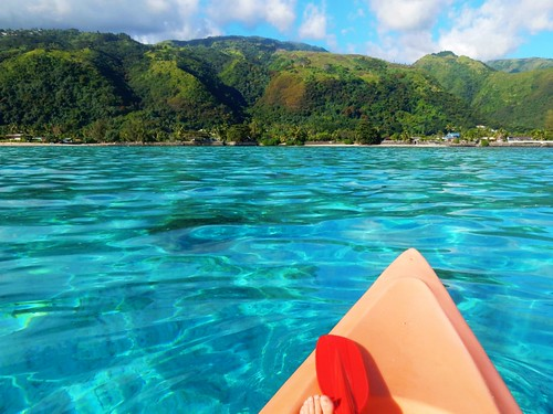 Kayaking in lagoon of Tahiti - French Polynesia