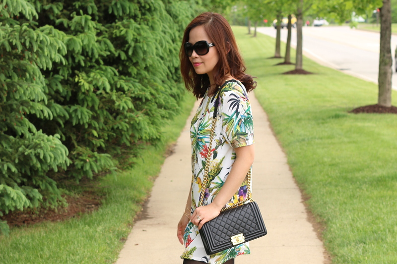 Botanical-print-dress-chanel-sunglasses-6