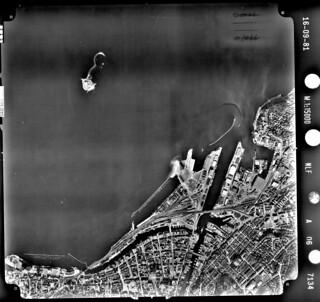 Flyfoto over Brattøra og Nyhavna (1981)
