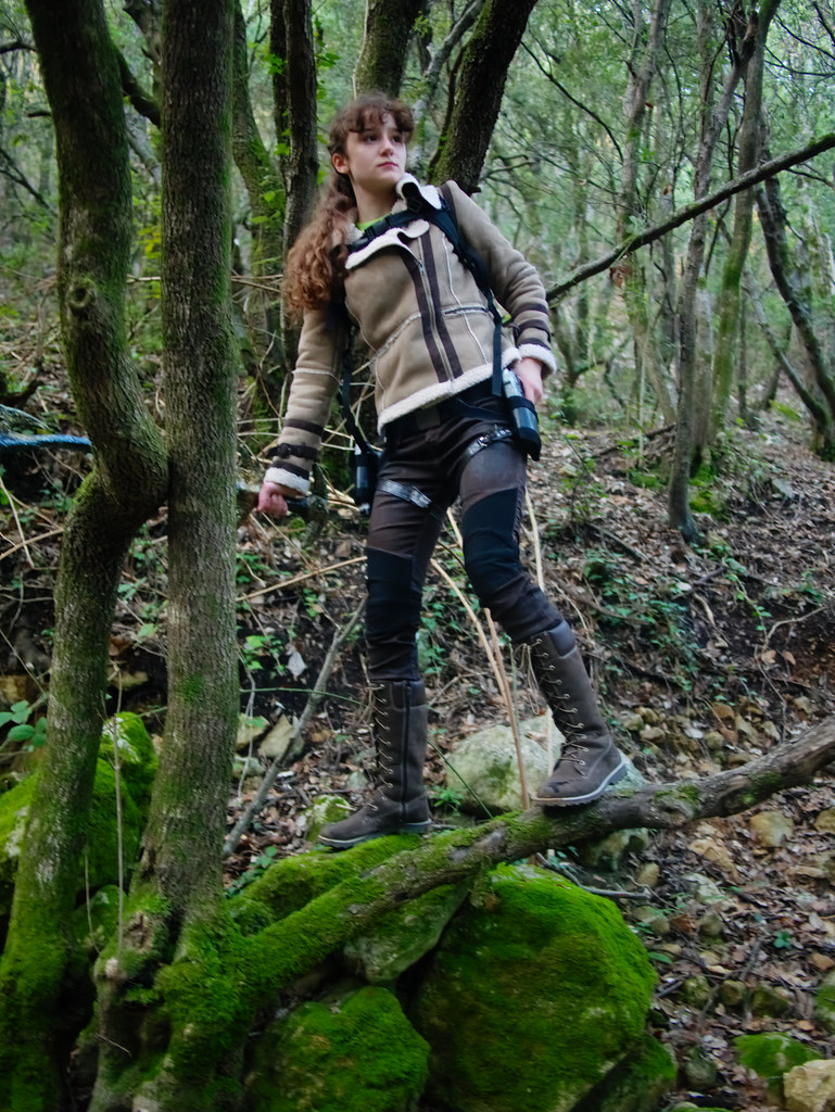 related image - Shooting Lara Croft - Sources de l'Huveaune - 2015-11-11- P1650782