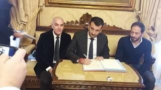 Decaro, sindaco di Bari, tra i primi firmatari del protocollo