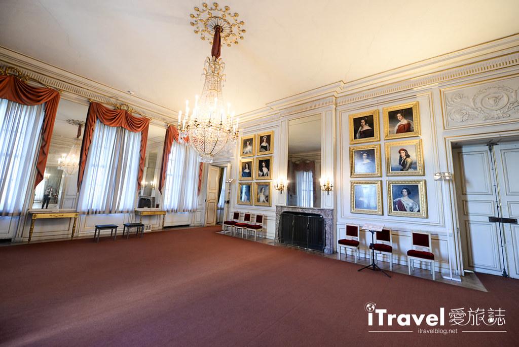 《慕尼黑景点推荐》宁芬堡宫 Schloss Nymphenburg:慕尼黑市区参观典雅宫殿建筑的便利地点。