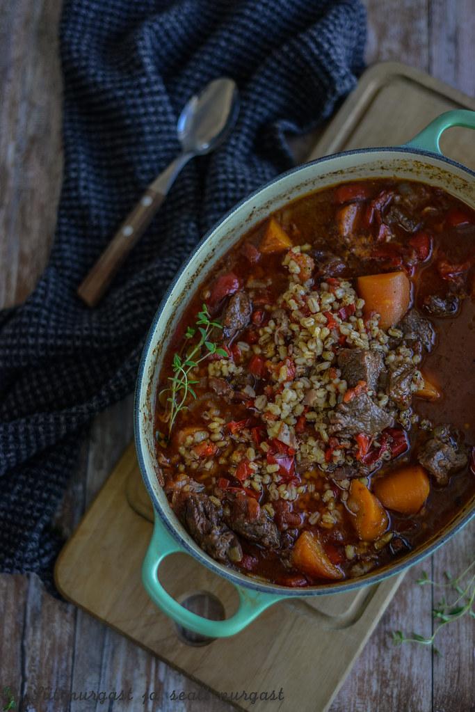 veiselihahautis köögiviljade ja kruupidega