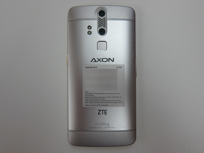ZTE Axon Elite - Back
