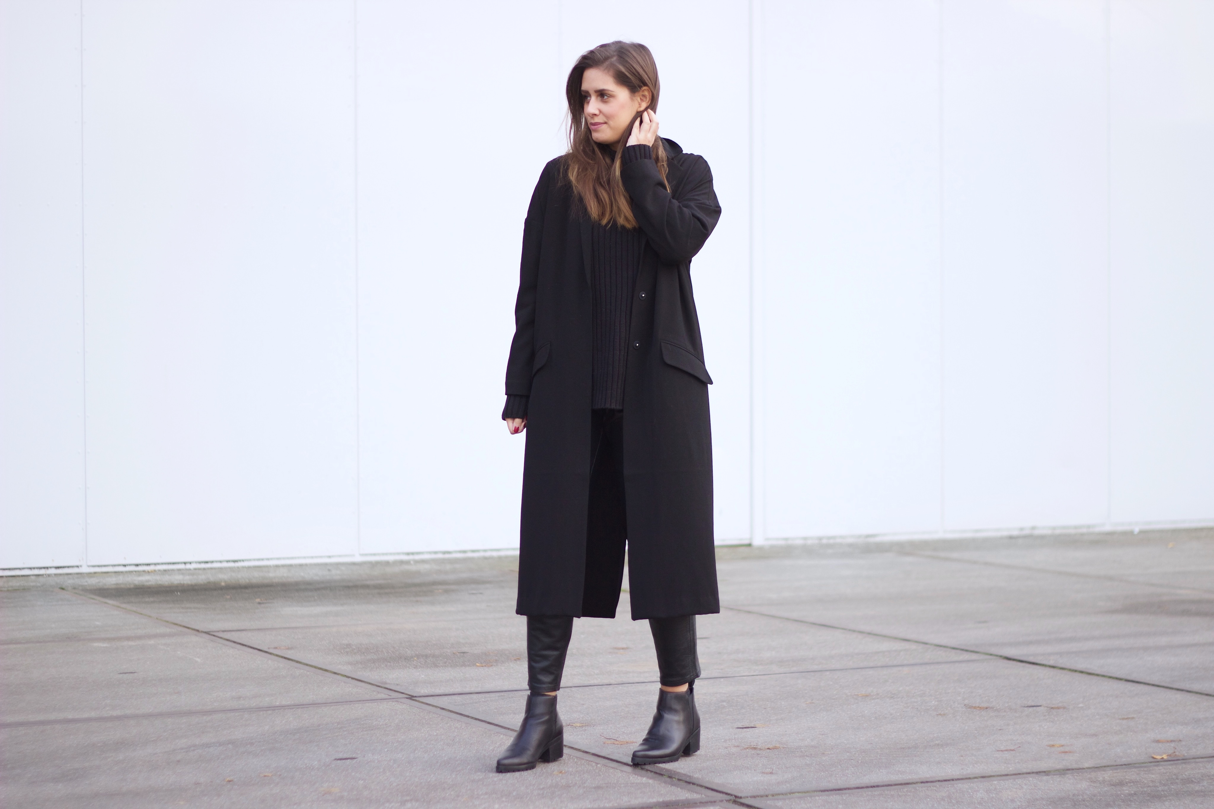Leather-trousers-duster-coat-asos-street-style