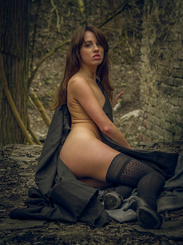tied-nude-glamour-photography-road-to-el-dorado-chel-naked