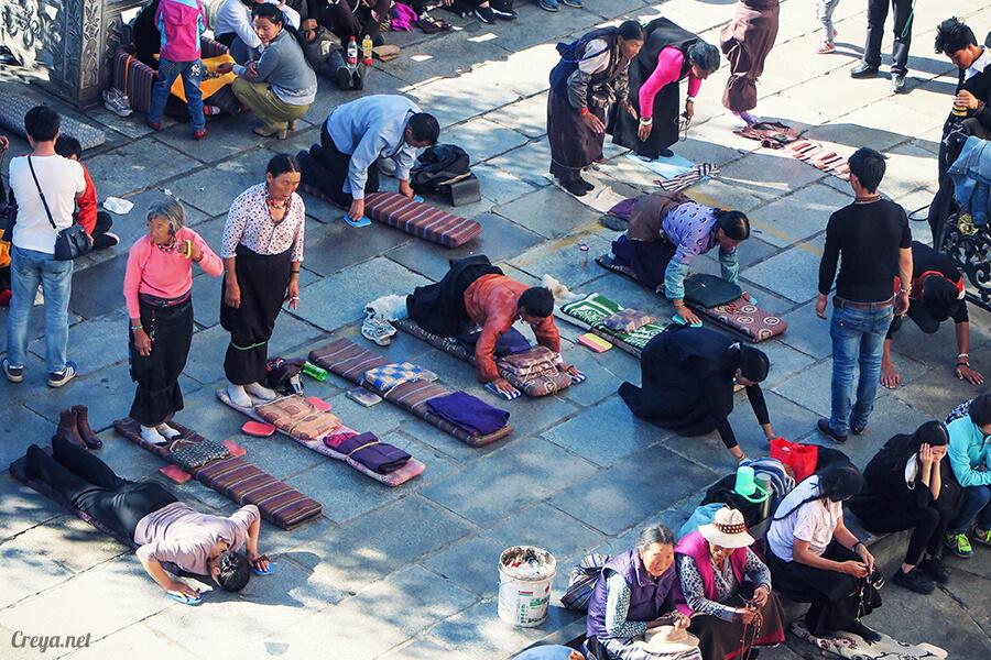 2015.12.09 ▐ Tibet 西藏踢北去 ▐ 尋找藏人真正的拉薩中心,被信仰力量震撼的大昭寺與舊城區 18.jpg