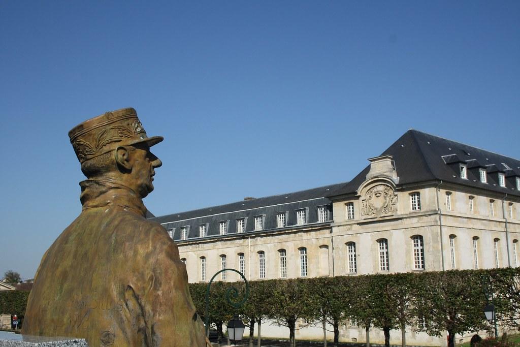 Hotel A Saint Cyr L Ecole