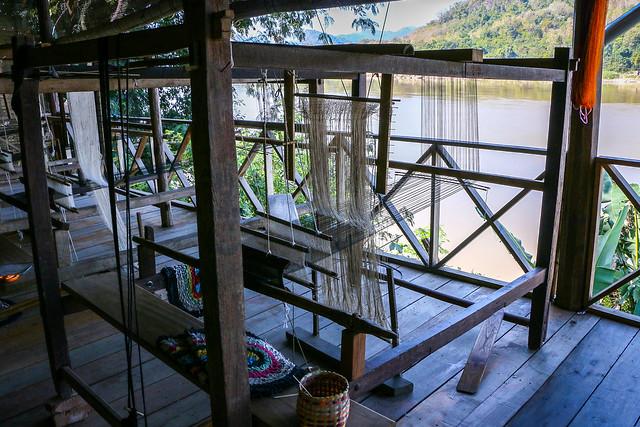 Weaving machines and the Mekong river, Luang Prabang, laos ルアンパバーン、機織り機とメコン川