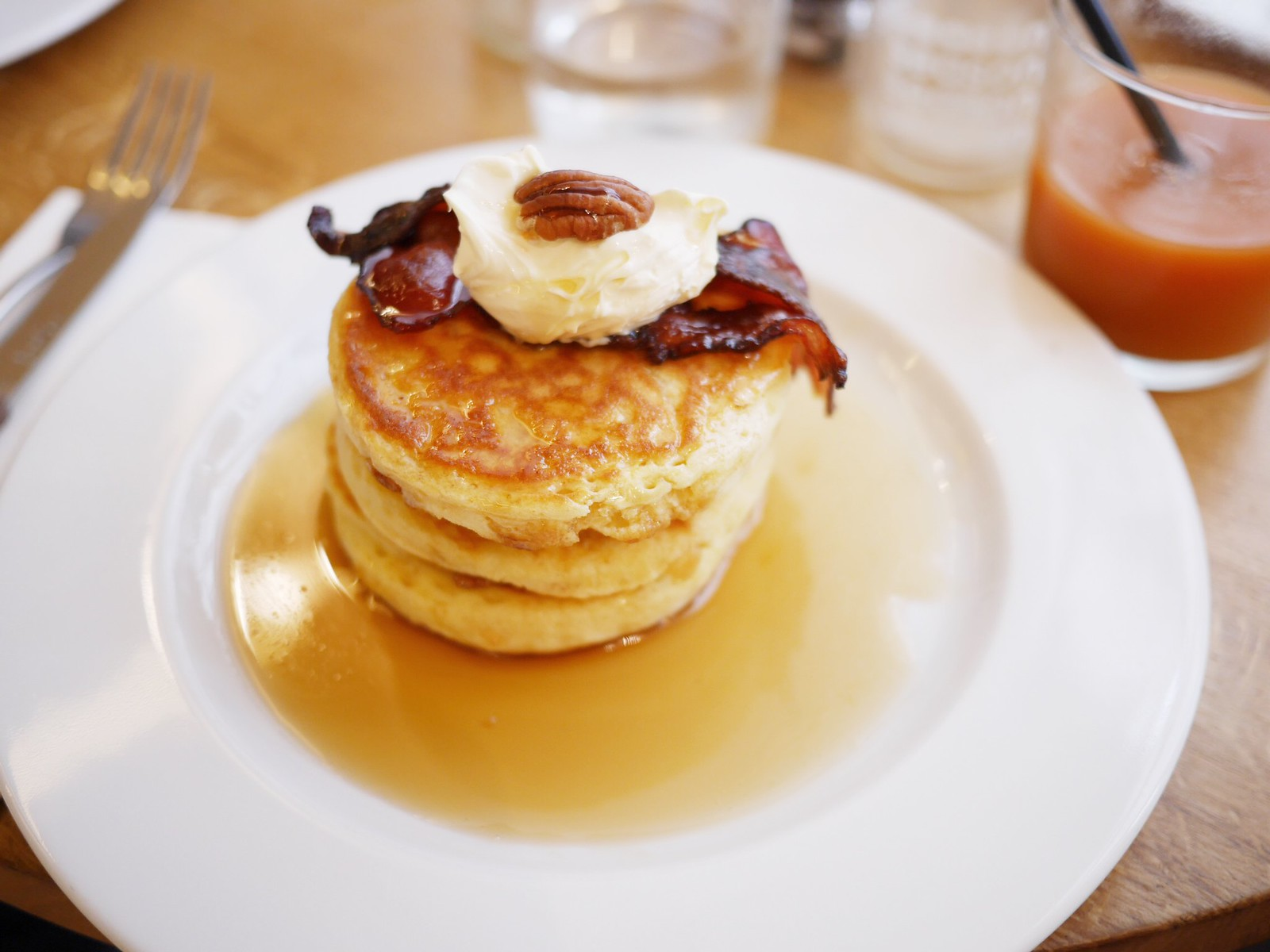 #breakfastinParis, Breakfast at Season in Marais. #dempancakes