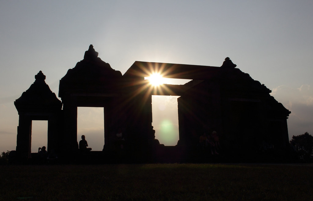 Suset at Ratu Boko