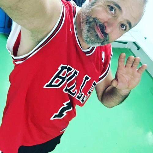 #moi #lol #lyon #france #basket #tonight #sport #red #cool