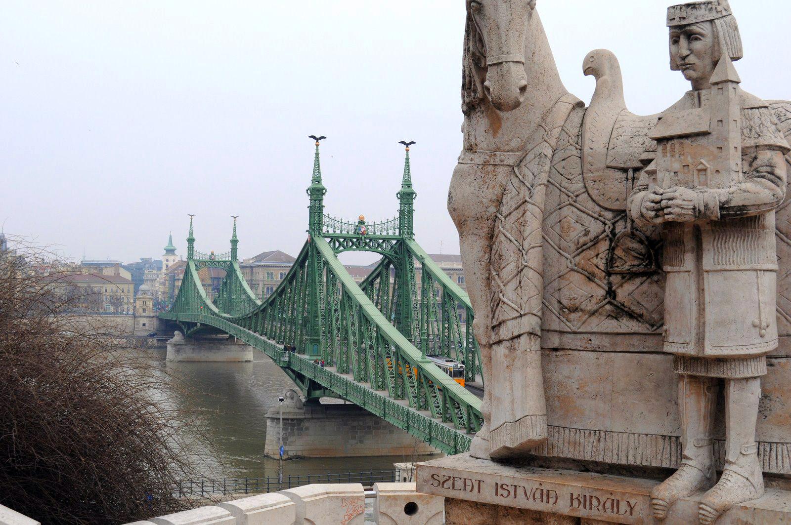 Qué ver en Budapest en un fin de semana: Puente de la Libertad en Budapest budapest en un fin de semana - 20799626684 93063946a5 o - Qué ver en Budapest en un fin de semana