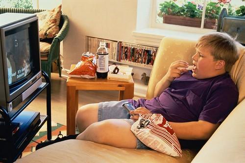Через телевізор можна стати недоумком