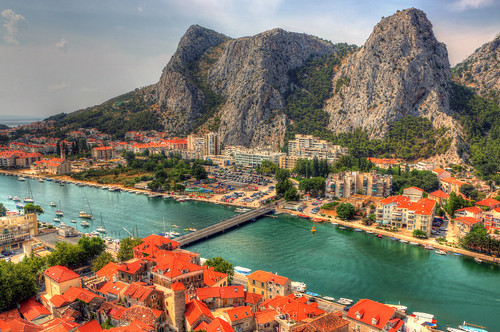 street old city travel roof summer people mountain color building tree rock digital port canon eos boat town high nice colorful view hill croatia calm fortress cetina omis 70d