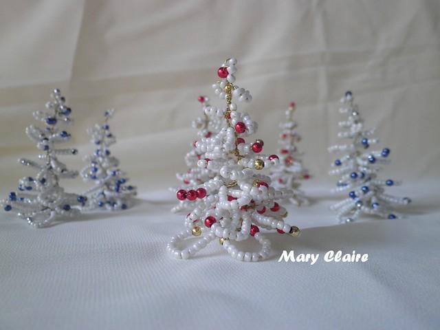 alberelli bianchi perle rosse e oro o argento e blu