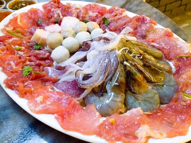 salasabaii-jim-jum-seafood-meat-set