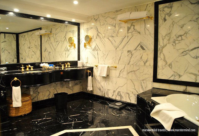 The Landmark Macau Spacious Bathroom