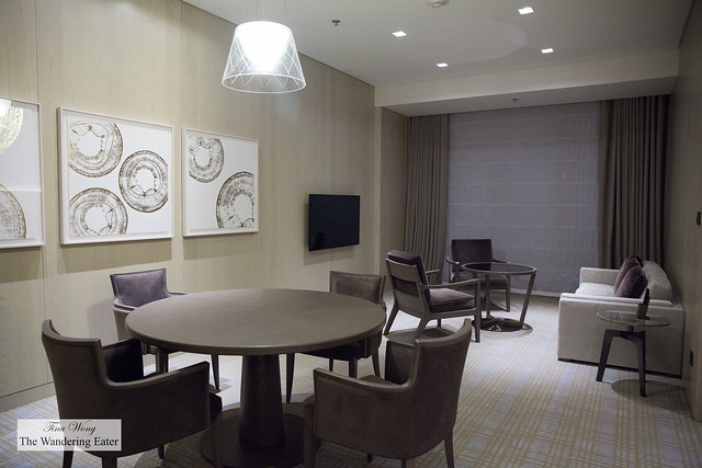 Living area of Brilliant Suite