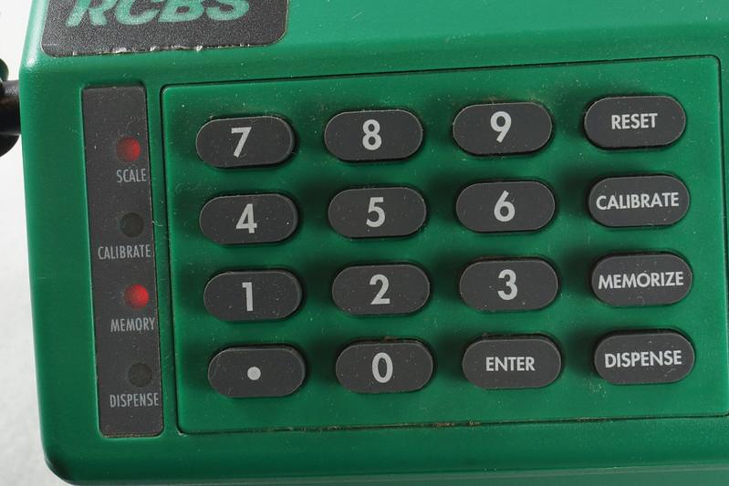 RD14599 RCBS PACT Electronic Digital Precision Powder Dispenser & Scale RD14598 DSC06367