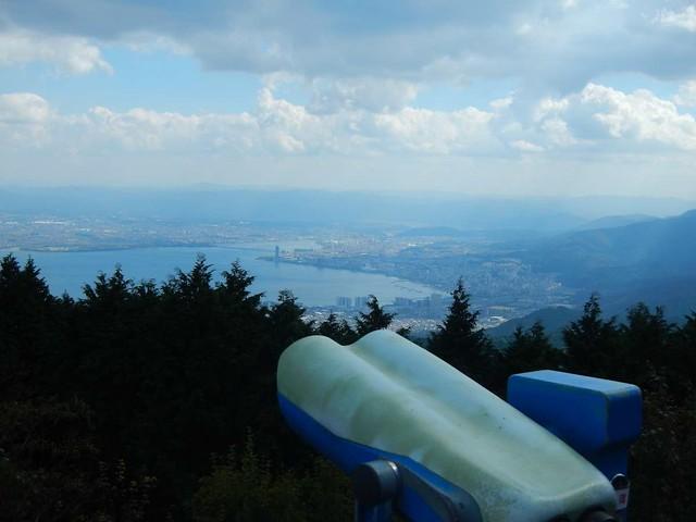 琵琶湖を望む