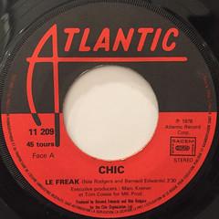 CHIC:LE FREAK(LABEL SIDE-A)
