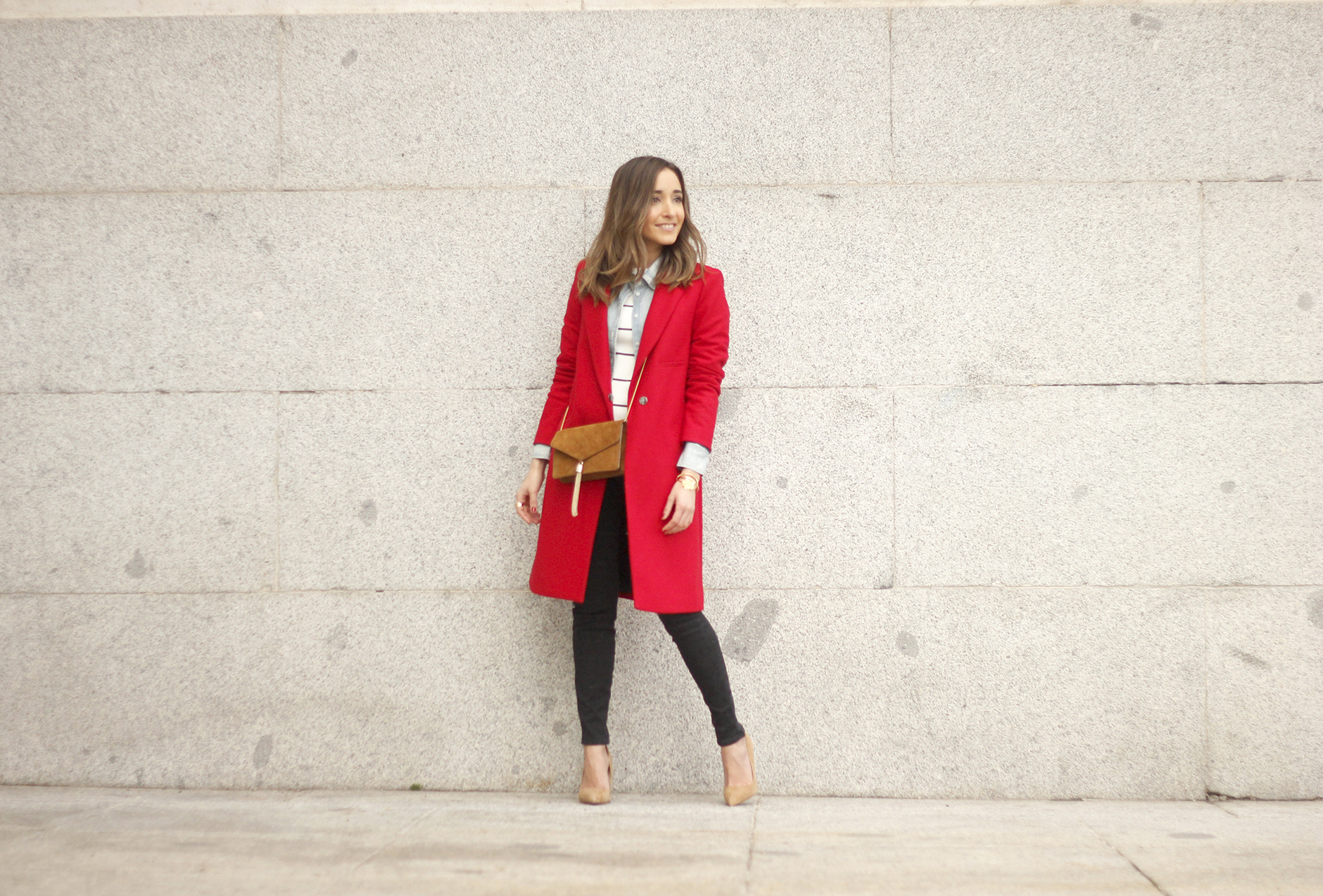 Red Coat Stripped sweater denim shirt nude heels outfit style uterqüe bag13