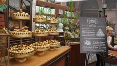 Ferrero 70er Geburtstag_Deko_Rocher