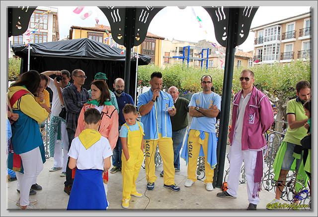 14 Bajada de blusas y chupinazo de Fiestas