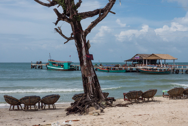 Sihanoukville main beach, Cambodia-2 Budget Guide to Cambodia | Tips on how to do Cambodia on the cheap | How to travel Cambodia cheaply | Cambodia on a budget | 2 weeks in Cambodia