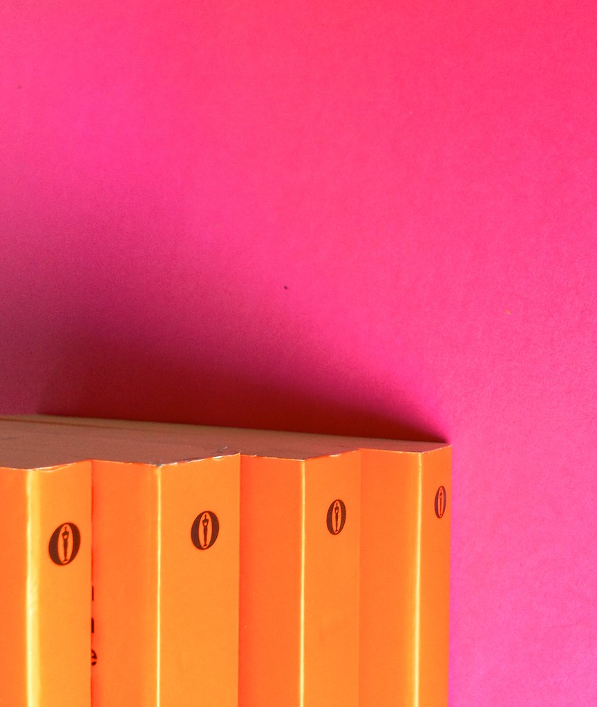 Oscar Mondadori / ied: edizione speciale di 10 titoli per i 50 anni degli Oscar. Art direction: Giacomo Callo. Dorsi e taglio superiore di 4 titoli (part.) 1