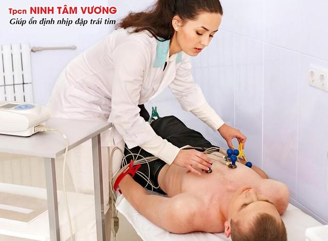 Chẩn đoán nhịp nhanh thất bằng điện tâm đồ