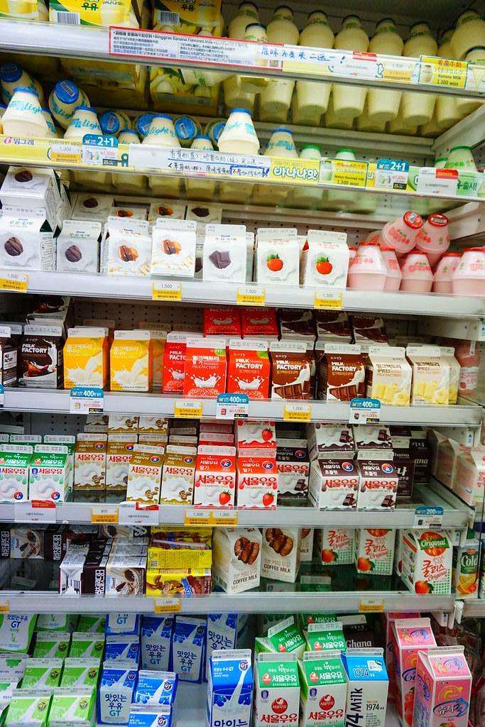 請放大圖:韓國最大宗的飲料就是牛奶了