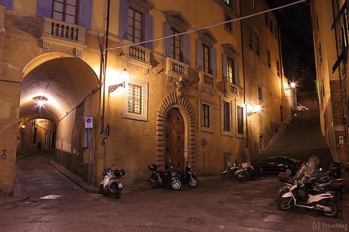 Piazza di Santa Maria Sopr'Arno
