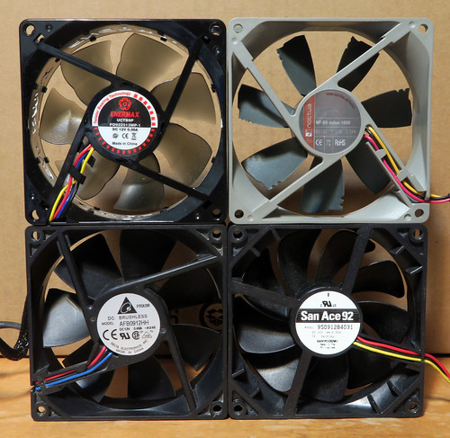 ReadyNAS Ultra2: Replacement Fans
