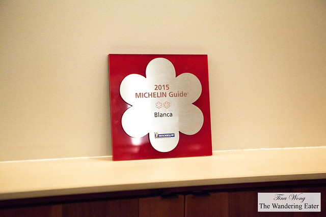 2* Michelin award/sign for Blanca