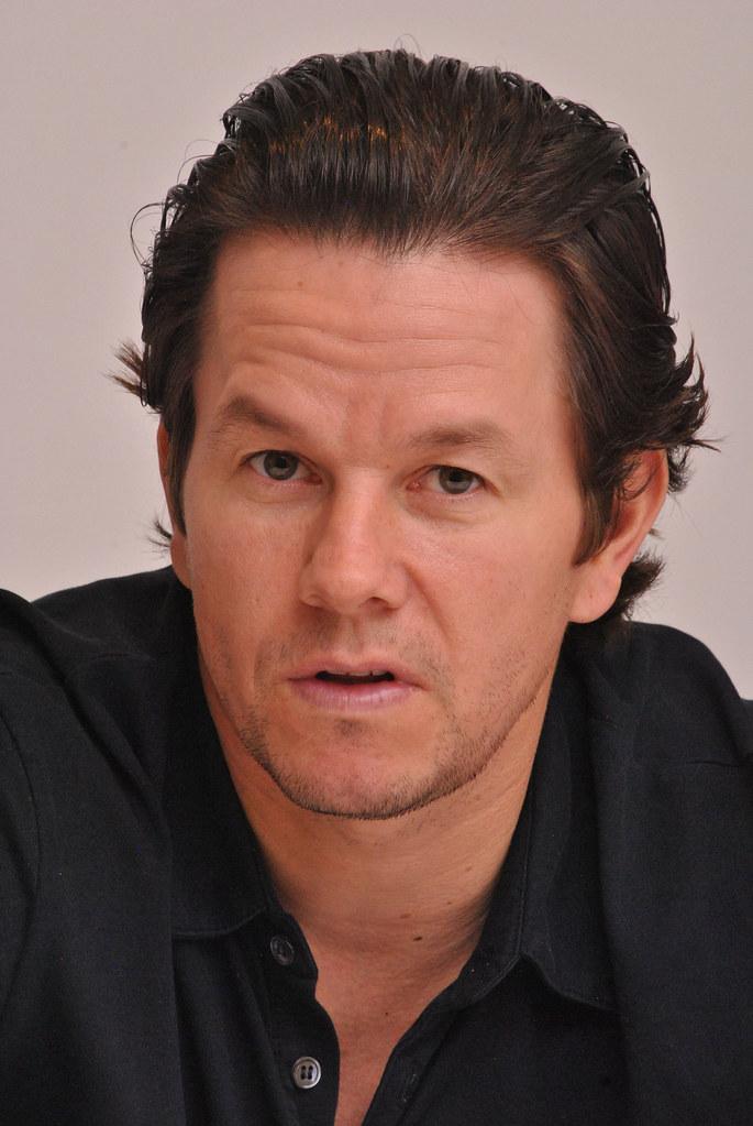Марк Уолберг — Пресс-конференция «Игрок» 2014 – 21