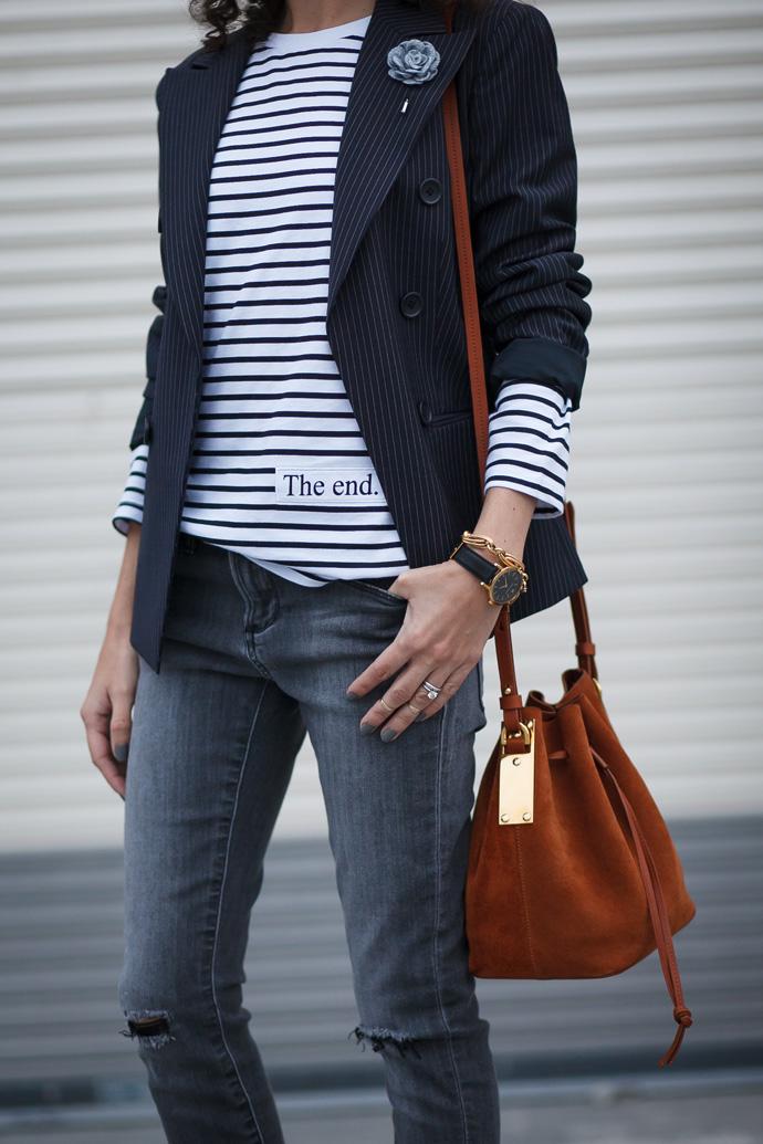 Minimalist outfit idea