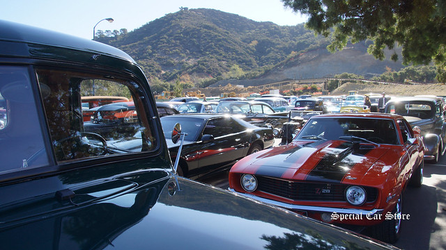 Cars at Celebration of the George Barris Legacy