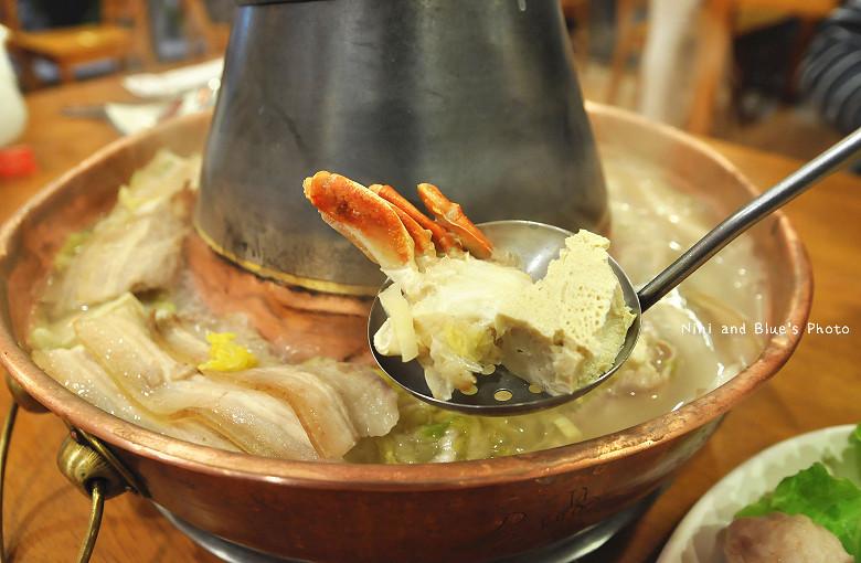 徠圍爐台中酸菜白肉鍋10