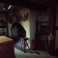 #medieval #kitchen #oldworld #antique #fireplace