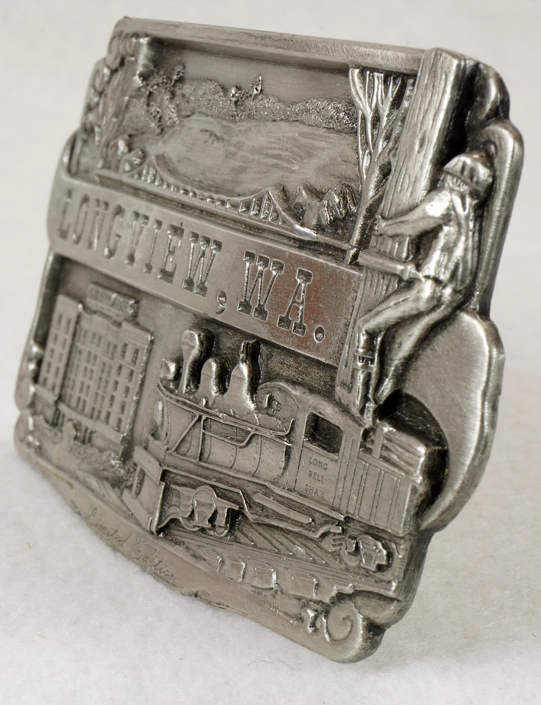 RD14449 1984 Siskiyou Belt Buckle LONGVIEW, WA Limited Edition Shay Locomotive, Monticello Hotel, Logger DSC06394