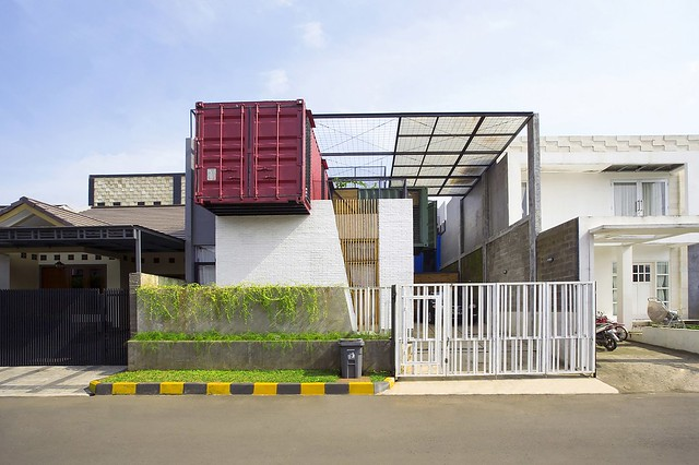 150910_Container_for_Urban_Living_01__r