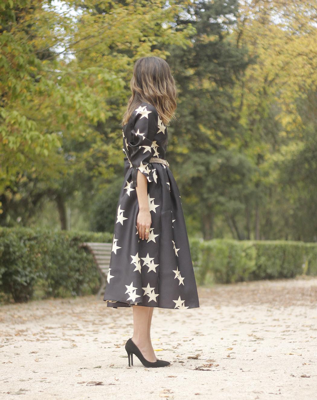 Star Print Dress sunnies heels outfit09