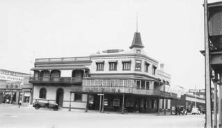 Aurora Hotel, Pirie Street, 1938